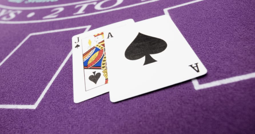 Live Blackjack Etiquette and Tips Explained: How to Behave